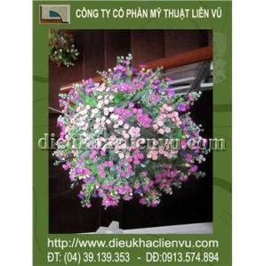 Giỏ hoa cúc tím
